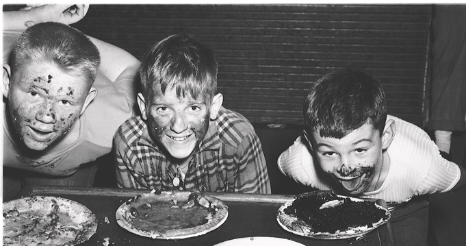 The pie-eating competition to end them all! – Mike's ...