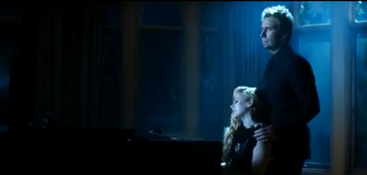It happened: The Avril and Chad Kroeger duet!