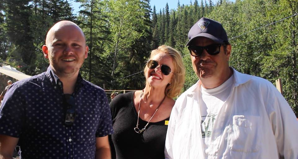 Video: Digging deep for dinosaurs with Dan Aykroyd and Donna Dixon!