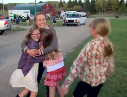 Feelings alert: Heartland cast surprises super fans!