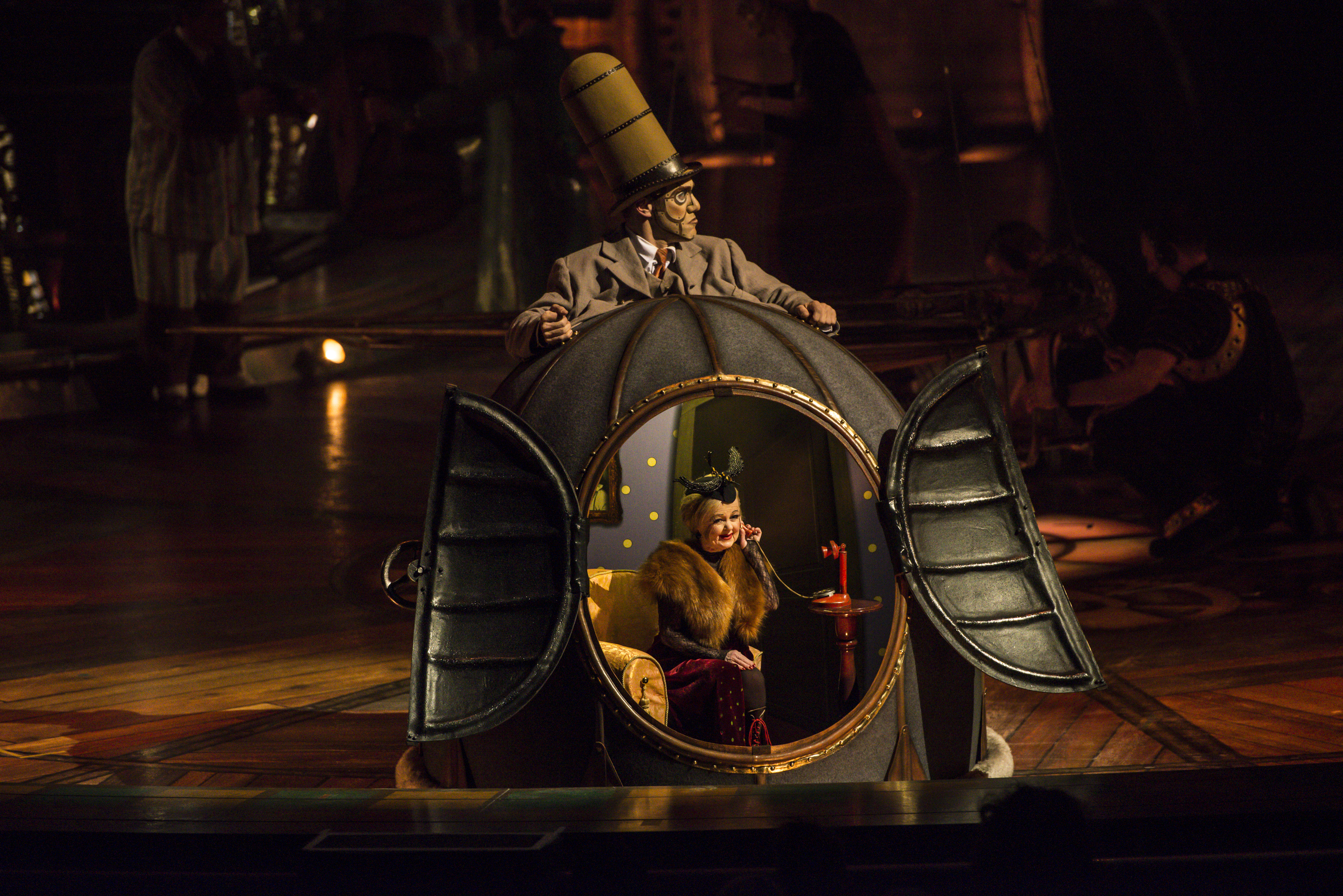 Cirque du Soleil's Kurios is wildly weird!