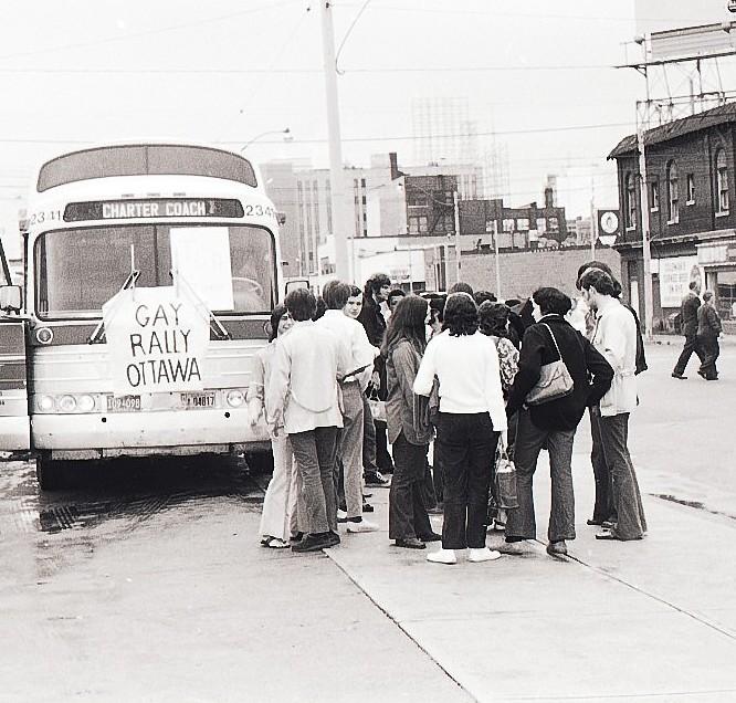 gay-bus-to-ottawa-1971-1