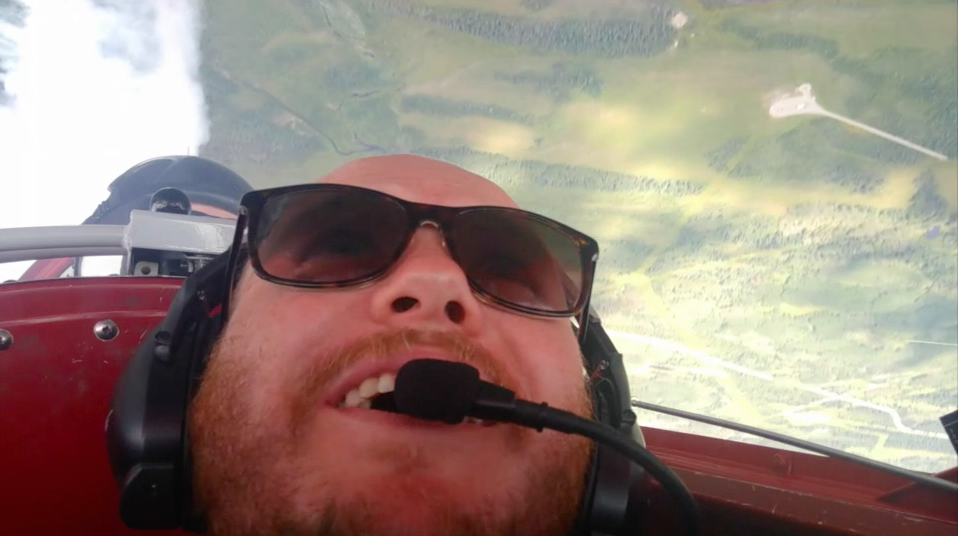 Video: Flying with an aerobatic pilot!